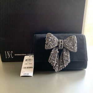 Beautiful Clutch! (Matching Shoes on prev post)